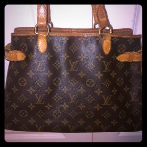 ♥️👜 Authentic Louis Vuitton Bag 👜♥️ Batignolles
